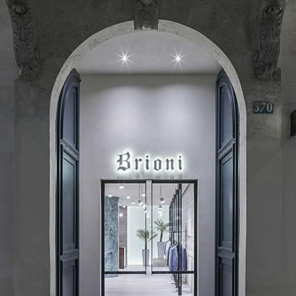 1469711959_Brioni-Paris-Flagship-Store-3-590x590