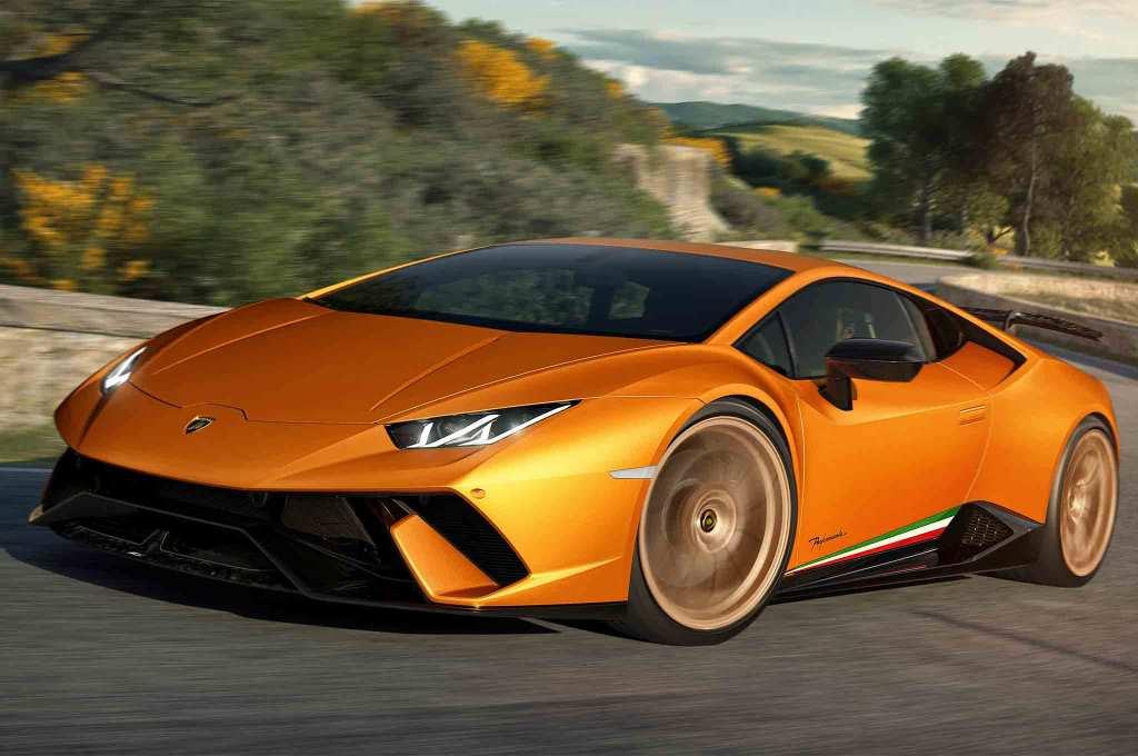 Lamborghini-Huracan-Performante-front-three-quarter-in-motion-01